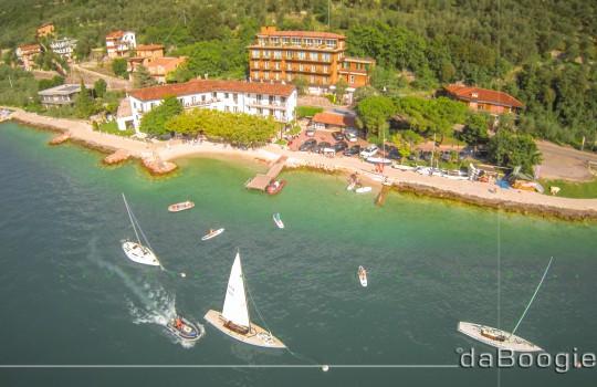EXTRA ANGEBOTE  Segeln – Windsurfen – Stand up Paddling – Kurse am Gardasee